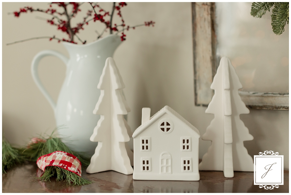 Cottage Christmas Decor Greensburg Wedding Planner Joy Filled Occasions_0002.jpg