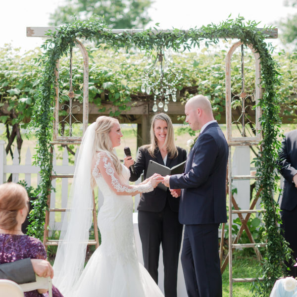 5 Ways to Plan Your Wedding on a Budget